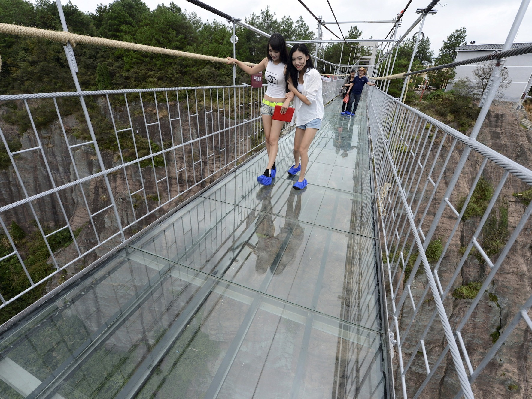 the-worlds-longest-glass-bottom-bridge-just-opened-in-china--and-it-looks-terrifying